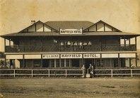 Eltham Pub ~early 1930's
