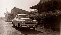 1952 Chevy at the Eltham Pub.